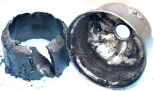 Soot reoved from oil